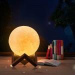 3D Επαναφορτιζόμενη-Αφής Λάμπα σε Σχήμα Σελήνης